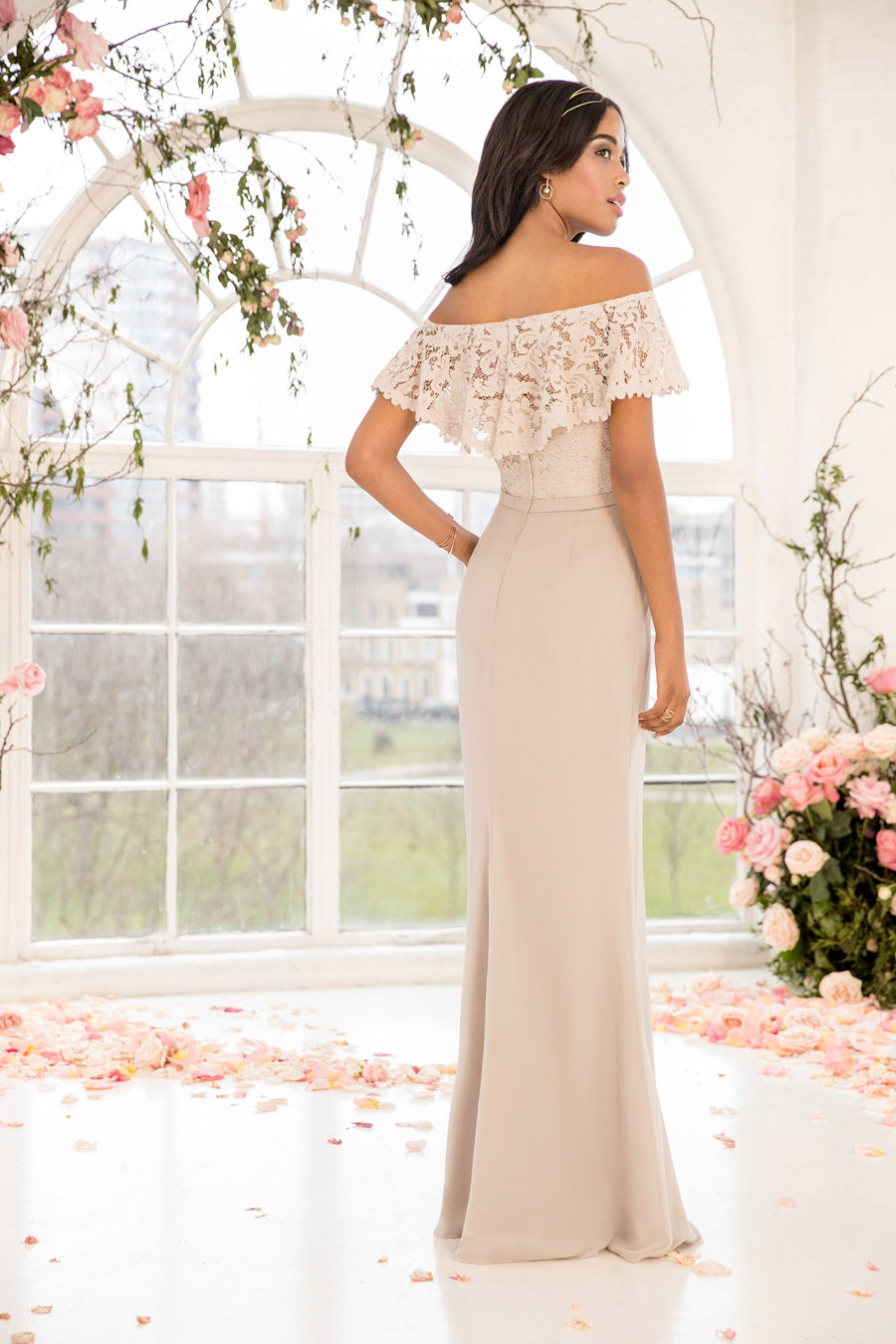 The English Wedding Blog showcases Kelsey Rose bridesmaids dresses for 2019 in dusty pink, pastel yellow and blue and more (14)