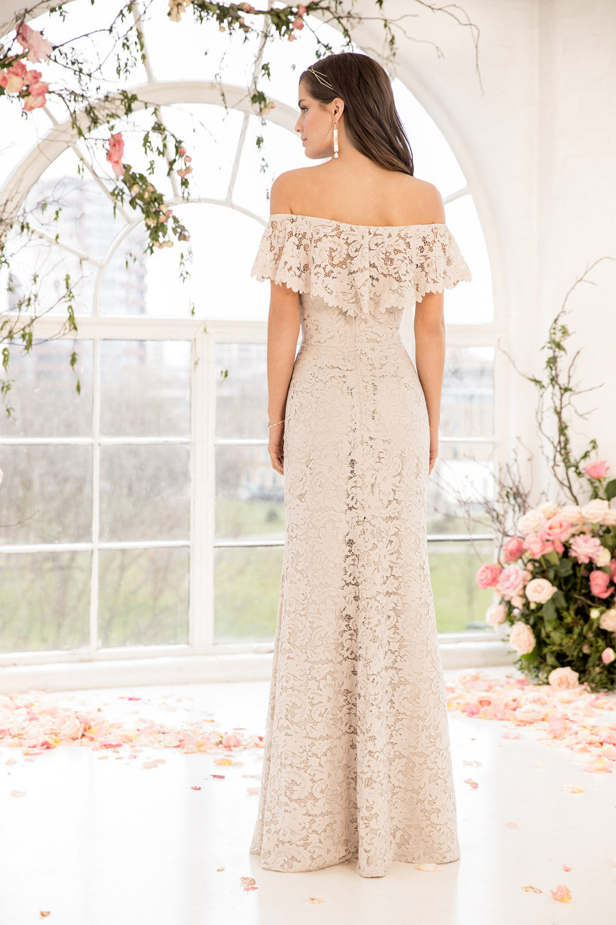 The English Wedding Blog showcases Kelsey Rose bridesmaids dresses for 2019 in dusty pink, pastel yellow and blue and more (13)
