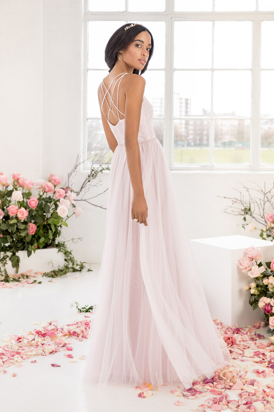 The English Wedding Blog showcases Kelsey Rose bridesmaids dresses for 2019 in dusty pink, pastel yellow and blue and more (10)