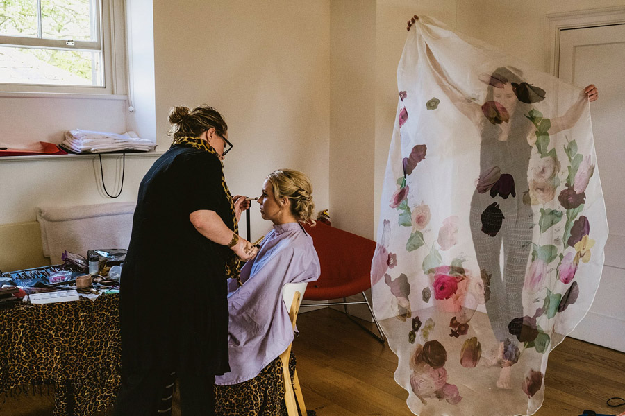 Genius documentary photography telling the story of a Yorkshire wedding - York Place Studios on the English Wedding Blog (1)