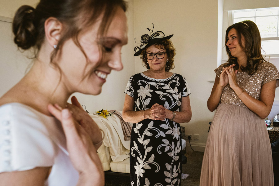 Genius documentary photography telling the story of a Yorkshire wedding - York Place Studios on the English Wedding Blog (4)