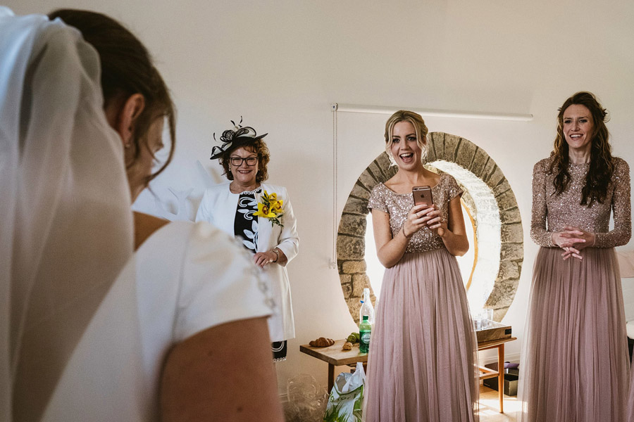 Genius documentary photography telling the story of a Yorkshire wedding - York Place Studios on the English Wedding Blog (6)