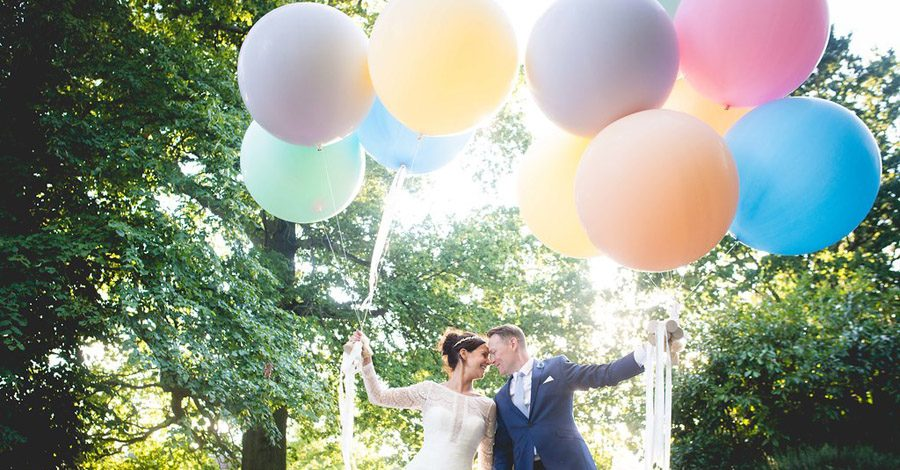 Pastel balloons for a modern wedding at Shenley, with images by Nicola Norton Photography (47)