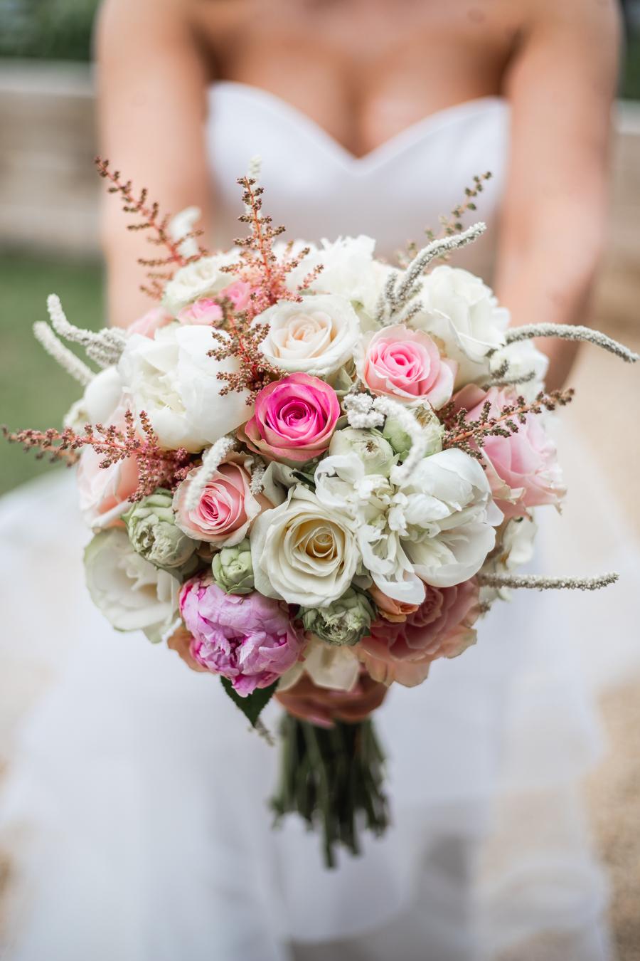 Opulent blush and gold wedding ideas on English-Wedding.com image credit Bond Photography (17)