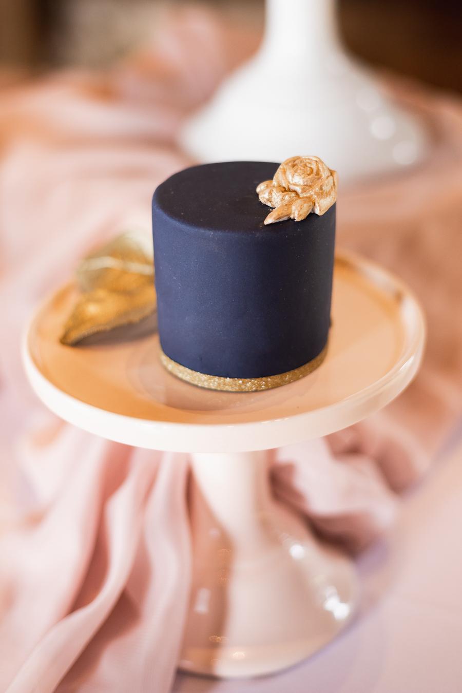 Opulent blush and gold wedding ideas on English-Wedding.com image credit Bond Photography (27)