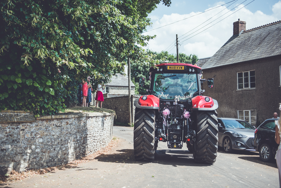 Farm wedding with a chicken and egg theme, by Catherine Spiller Photography (16)