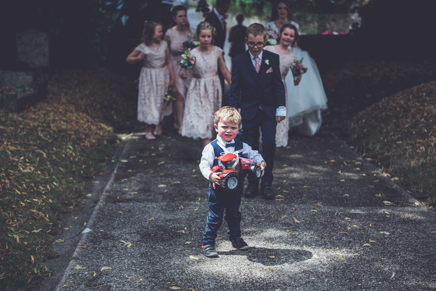 Farm wedding with a chicken and egg theme, by Catherine Spiller Photography (3)