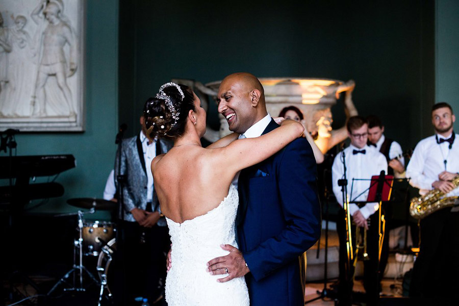 Traditional family wedding with Debbie & Sunil, images by Nicola Norton Photography (21)
