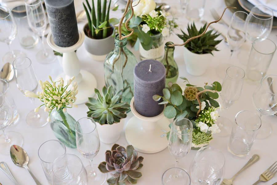Marina Walker Photography's styled shoot with succulents and affordable details for a minimalist boho wedding (8)