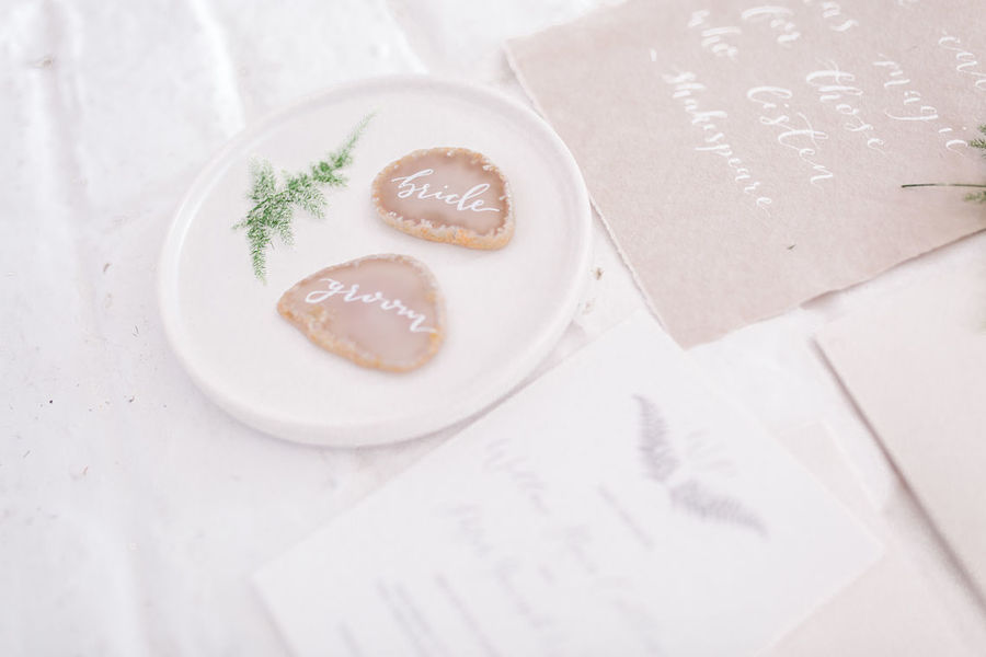 Minimal elegant wedding style ideas by Wildflower Wedding Planner Natasha, images Helene Elliott Photography (6)