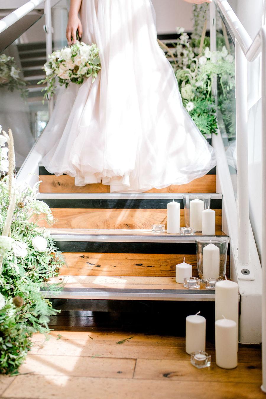 Minimal elegant wedding style ideas by Wildflower Wedding Planner Natasha, images Helene Elliott Photography (15)
