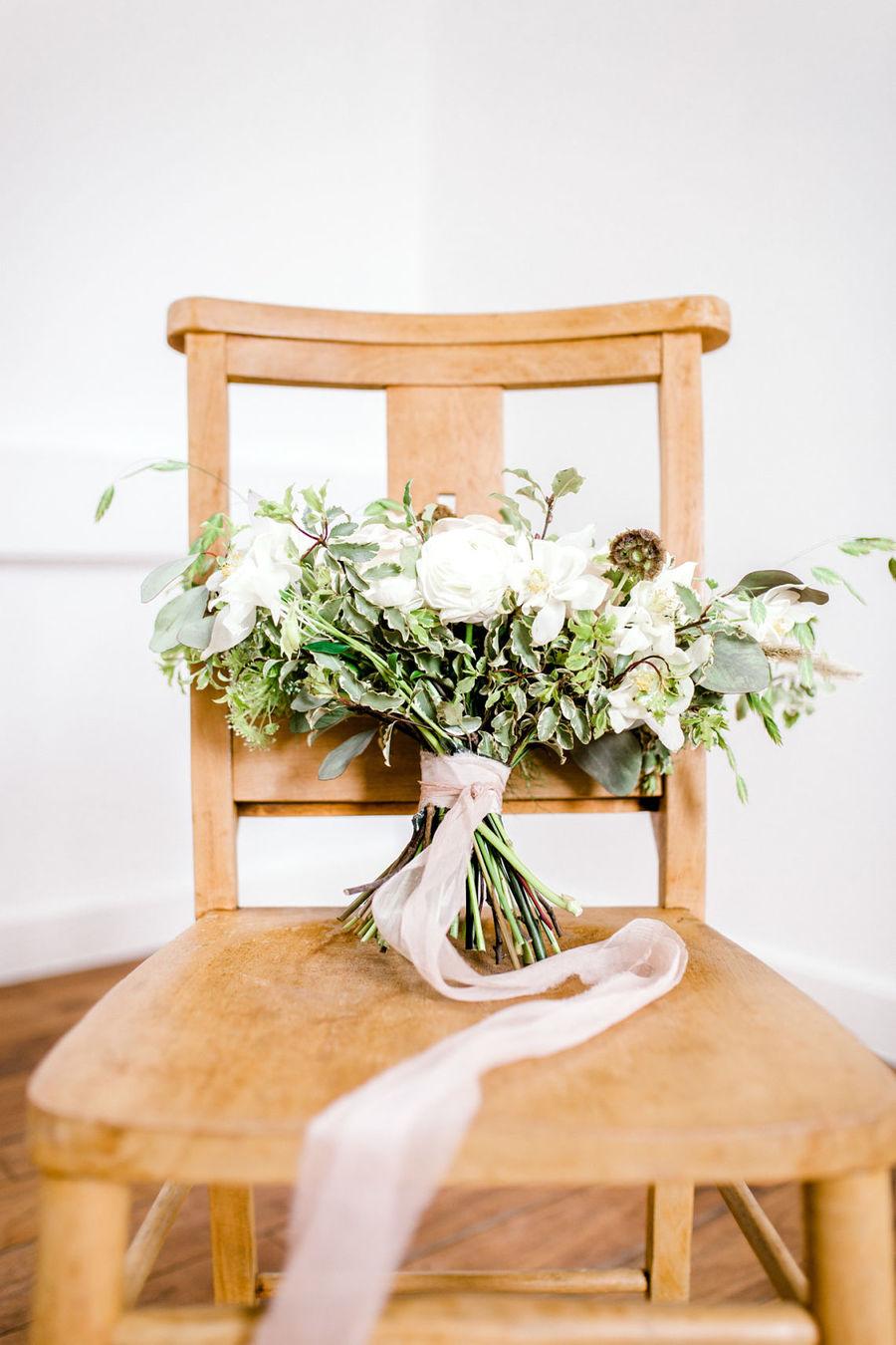 Minimal elegant wedding style ideas by Wildflower Wedding Planner Natasha, images Helene Elliott Photography (18)
