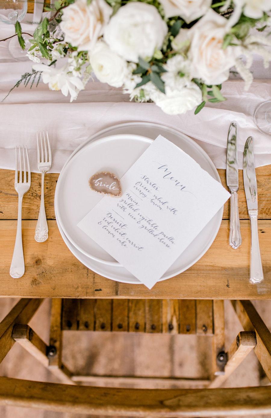 Minimal elegant wedding style ideas by Wildflower Wedding Planner Natasha, images Helene Elliott Photography (28)