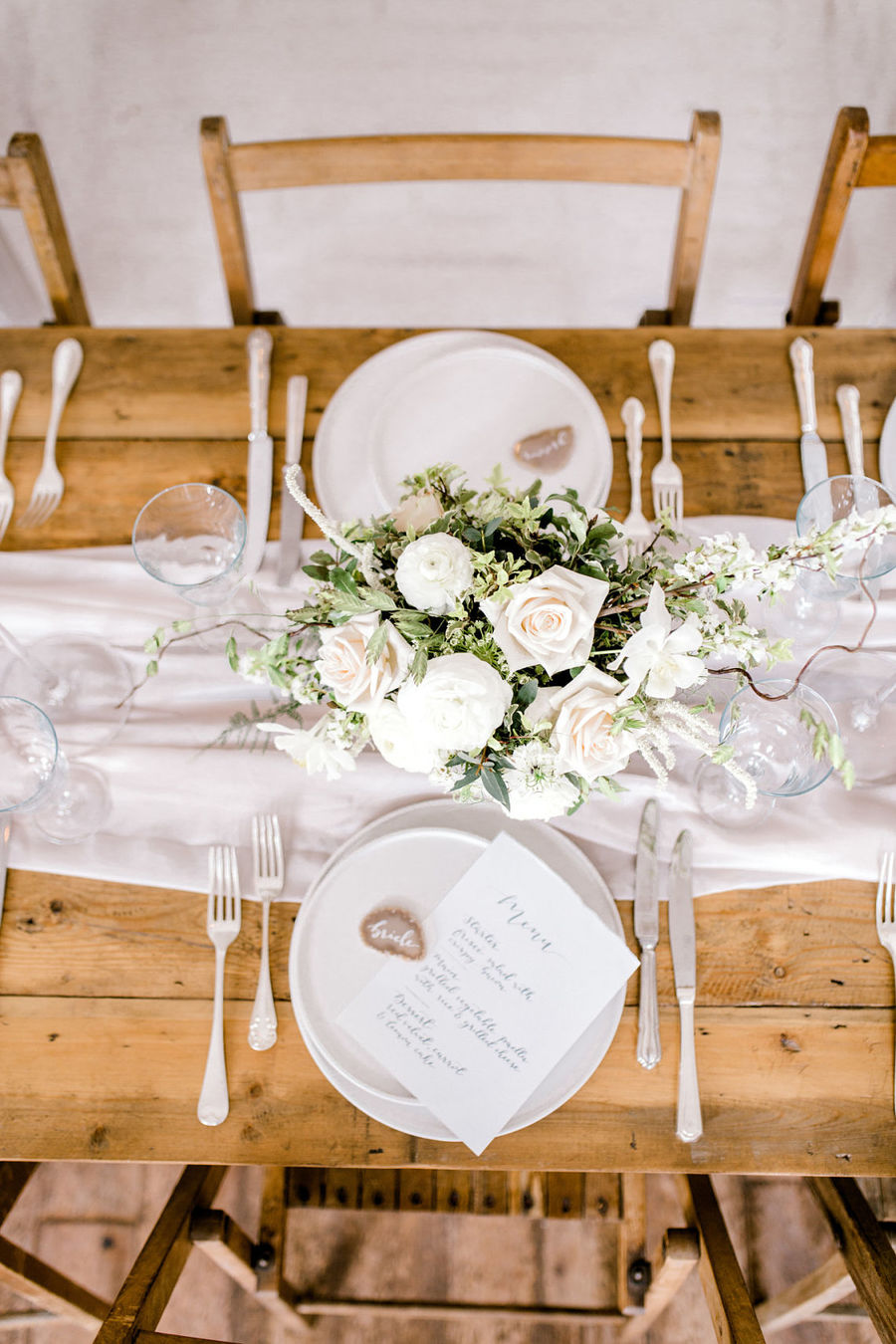 Minimal elegant wedding style ideas by Wildflower Wedding Planner Natasha, images Helene Elliott Photography (29)