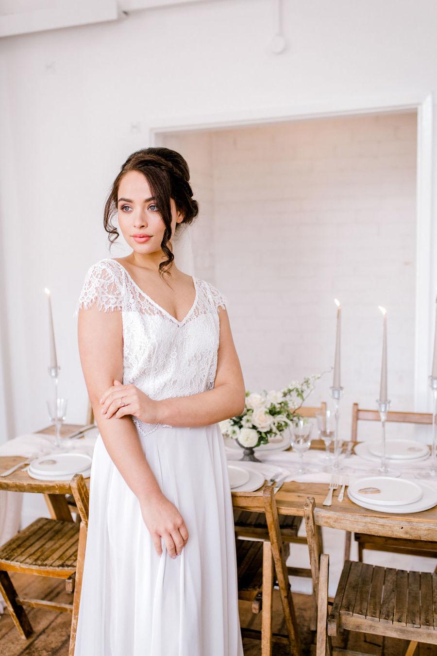 Minimal elegant wedding style ideas by Wildflower Wedding Planner Natasha, images Helene Elliott Photography (32)