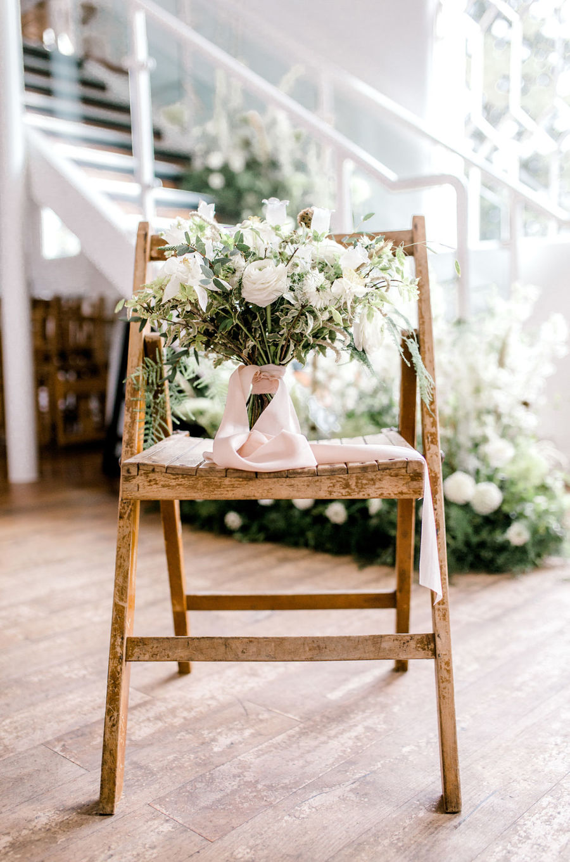 Minimal elegant wedding style ideas by Wildflower Wedding Planner Natasha, images Helene Elliott Photography (34)
