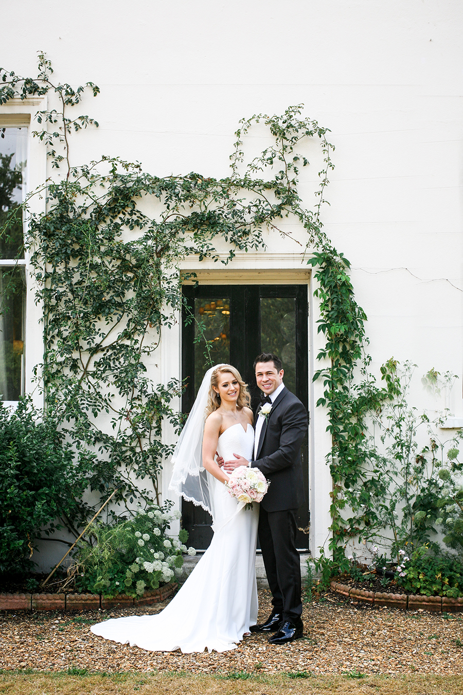 black tie UK wedding blog from Morden Hall with Vivienne Edge Photography (24)