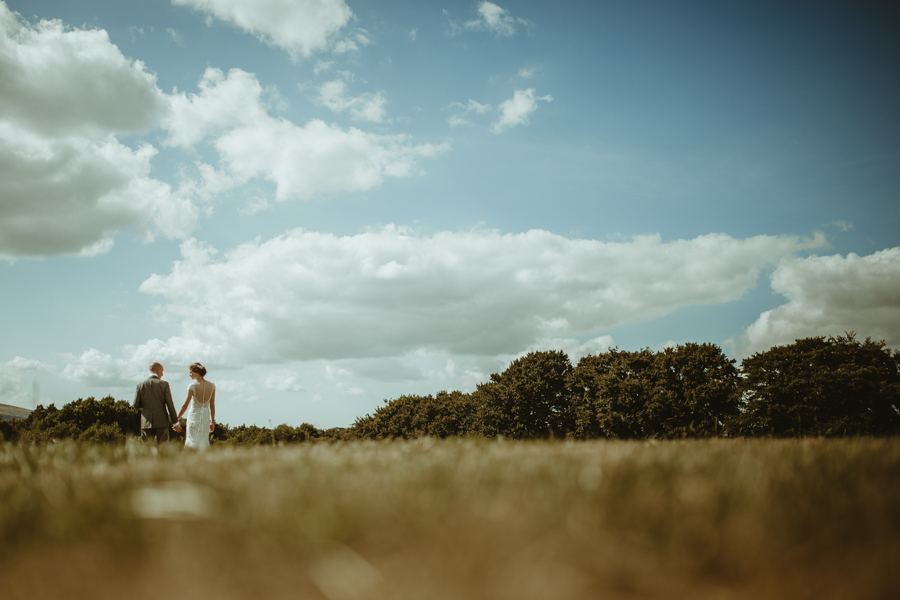Gorgeous modern rustic styling for an English wedding full of charm, with Daze of Glory (23)