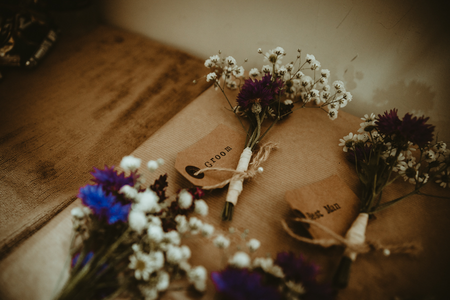Gorgeous modern rustic styling for an English wedding full of charm, with Daze of Glory (3)
