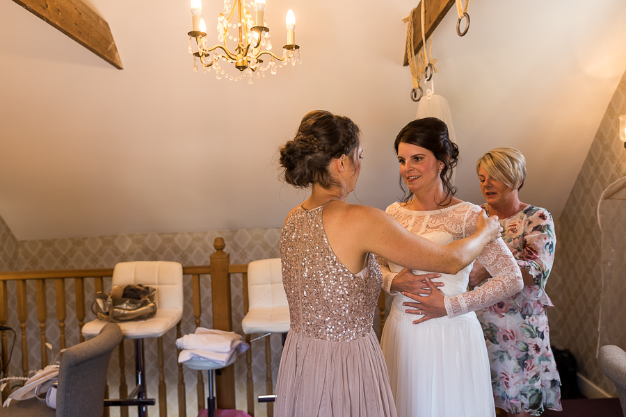 Natural styling for a relaxed and beautiful English wedding with images by Sky Photography (12)
