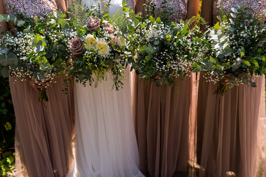 Natural styling for a relaxed and beautiful English wedding with images by Sky Photography (23)