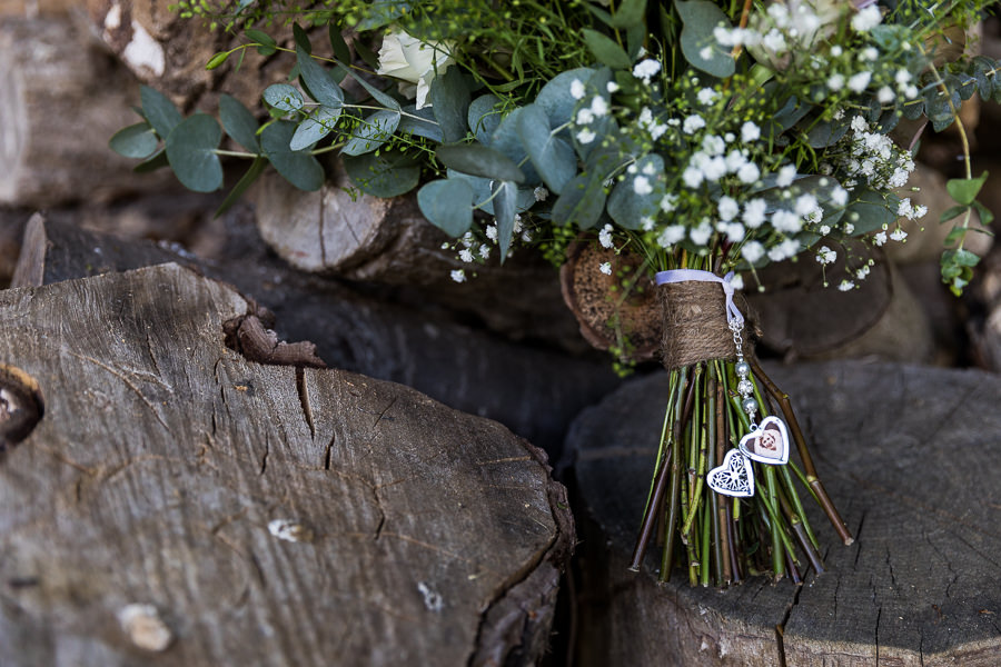 Natural styling for a relaxed and beautiful English wedding with images by Sky Photography (31)