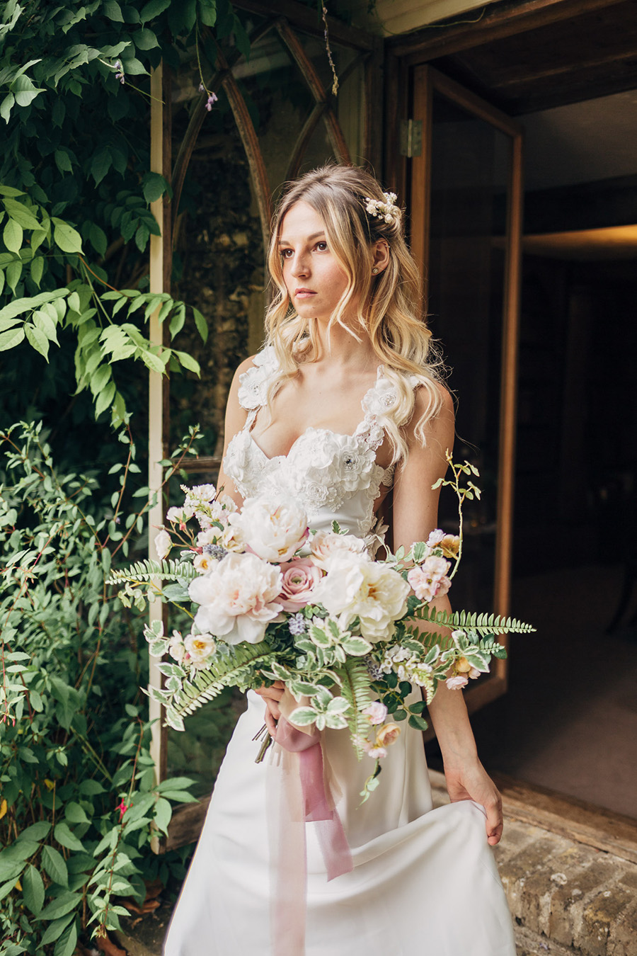 English heritage style inspiration for 2019 weddings, with Photography by Michaelangelo on English-Wedding.com (18)