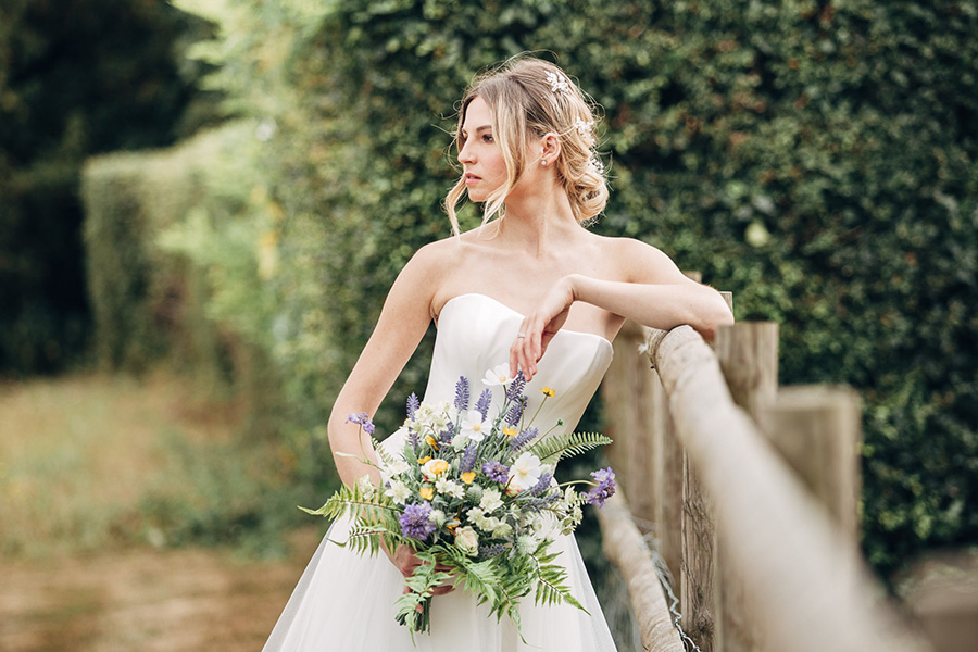 English heritage style inspiration for 2019 weddings, with Photography by Michaelangelo on English-Wedding.com (25)