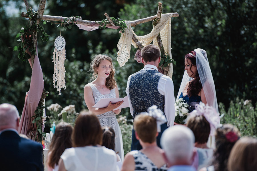 Relaxed 'good life' wedding blog with an outdoor ceremony on a farm, images by Special Day Wedding Photos (14)