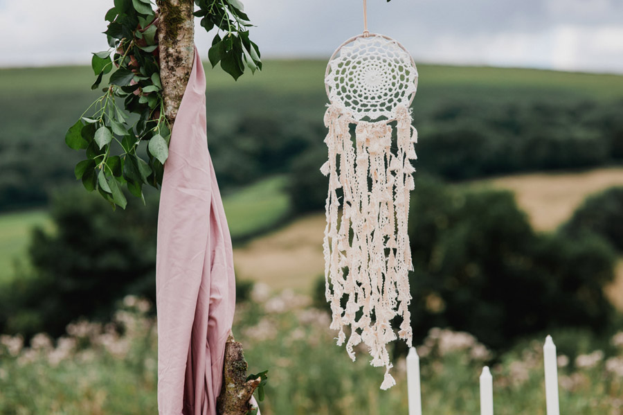 Relaxed 'good life' wedding blog with an outdoor ceremony on a farm, images by Special Day Wedding Photos (4)