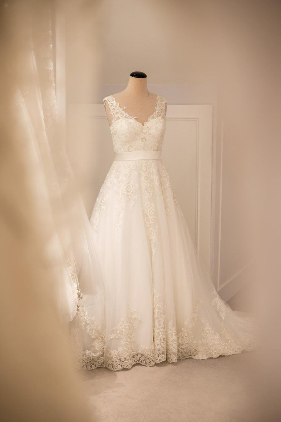 preloved wedding dresses charity wedding dress Brides Do Good UK (3)