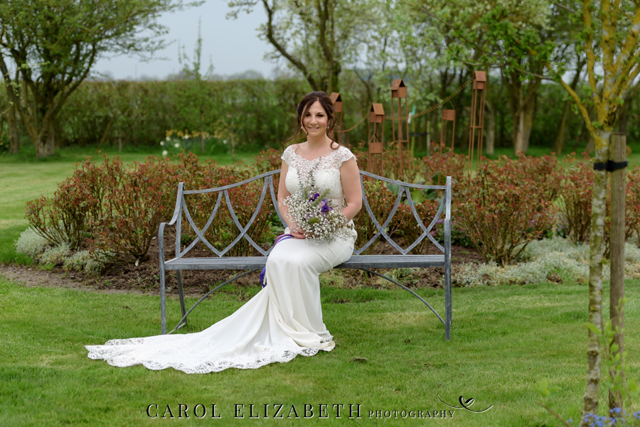 Purple styling and an elegant rustic theme for Fiona and Ashley's Stratton Court Barn Oxfordshire wedding. Images by Carol Elizabeth Photography on English-Wedding.com (21)