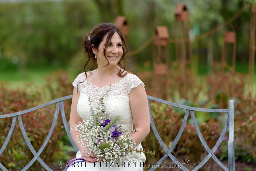 Purple styling and an elegant rustic theme for Fiona and Ashley's Stratton Court Barn Oxfordshire wedding. Images by Carol Elizabeth Photography on English-Wedding.com (22)