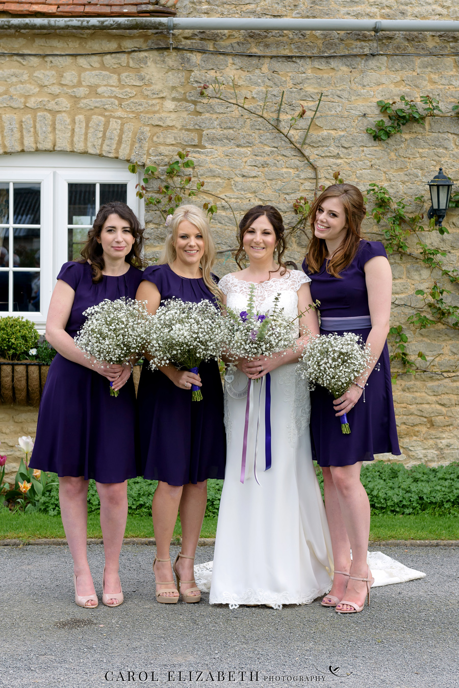 Purple styling and an elegant rustic theme for Fiona and Ashley's Stratton Court Barn Oxfordshire wedding. Images by Carol Elizabeth Photography on English-Wedding.com (28)