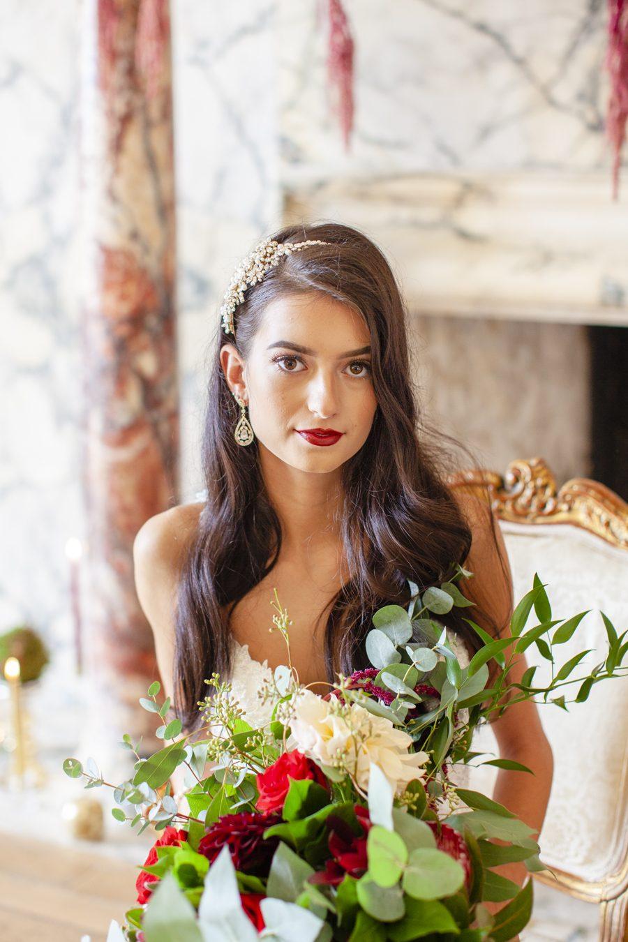 Old Hollywood glamour wedding style at Balcombe Place, photographer Fiona Mills Art on English-Wedding.com (3)