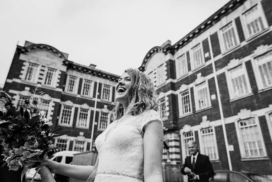 Double Locks wedding blog with Lee Maxwell Photography on English Wedding (20)