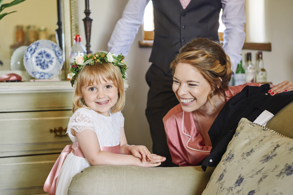 Relaxed styling for a summer wedding near Cambridge with Rose Images Wedding Photography (1)