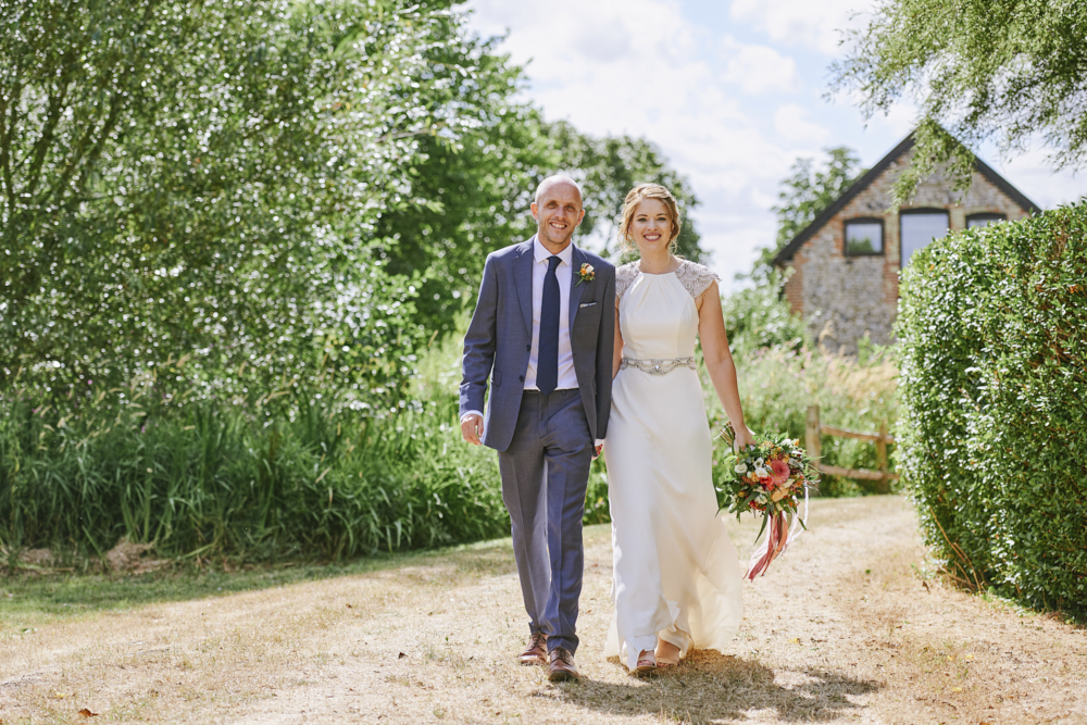Relaxed styling for a summer wedding near Cambridge with Rose Images Wedding Photography (21)