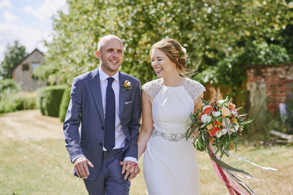 Relaxed styling for a summer wedding near Cambridge with Rose Images Wedding Photography (22)