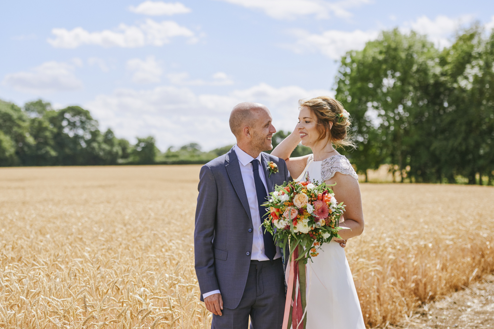 Relaxed styling for a summer wedding near Cambridge with Rose Images Wedding Photography (24)