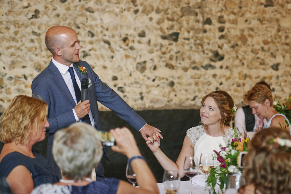 Relaxed styling for a summer wedding near Cambridge with Rose Images Wedding Photography (34)