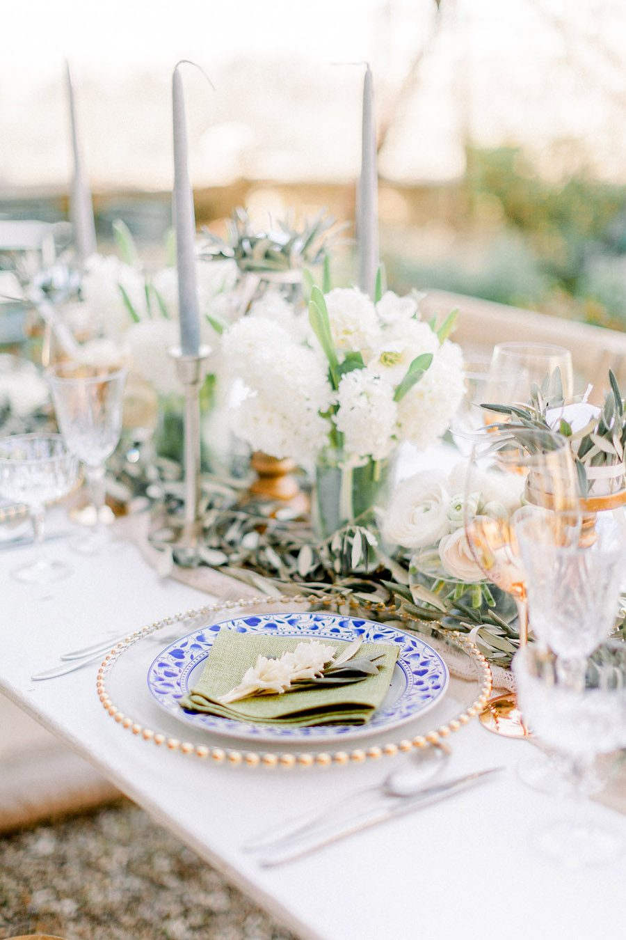 Tuscany Italian wedding ideas styling tips with Sonya Lalla Photography on English-Wedding.com (30)