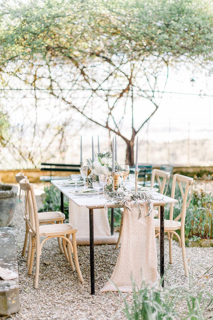 Tuscany Italian wedding ideas styling tips with Sonya Lalla Photography on English-Wedding.com (29)