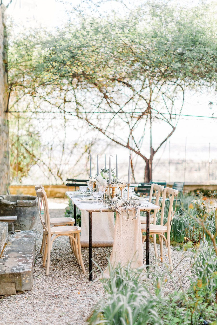 Tuscany Italian wedding ideas styling tips with Sonya Lalla Photography on English-Wedding.com (28)