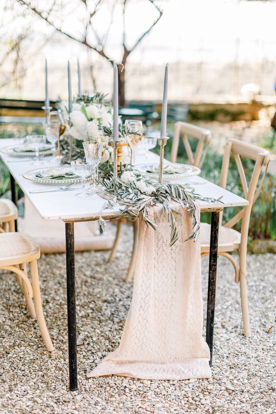 Tuscany Italian wedding ideas styling tips with Sonya Lalla Photography on English-Wedding.com (23)