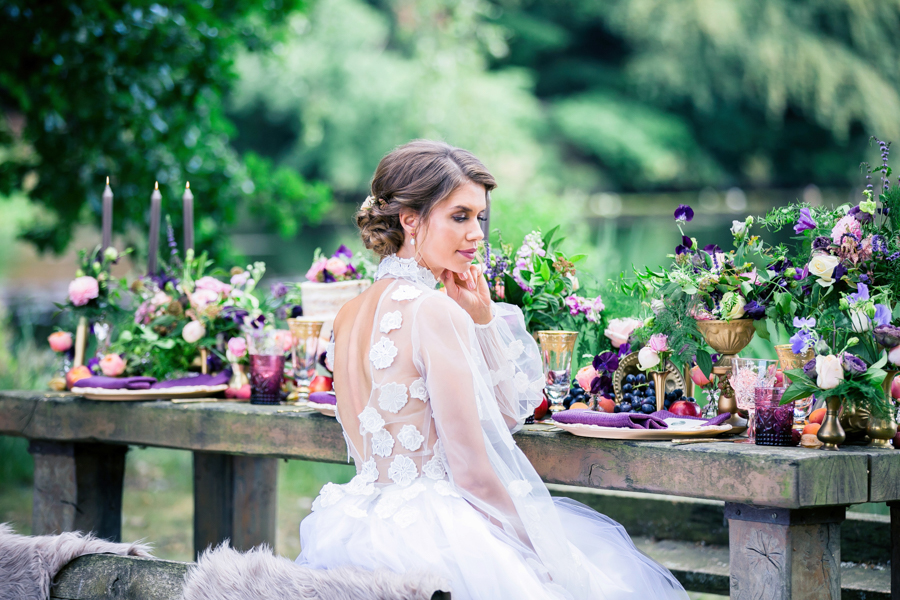 Stunning florals and archway flower surround for a breathtaking wedding style article on English Wedding, image credit Lisa Payne Photography (27)