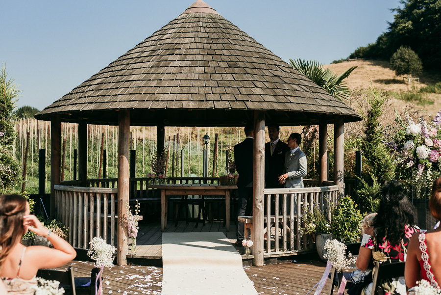 Upchurch apple orchard Kent wedding with Charlene Webb on English-Wedding.com (9)