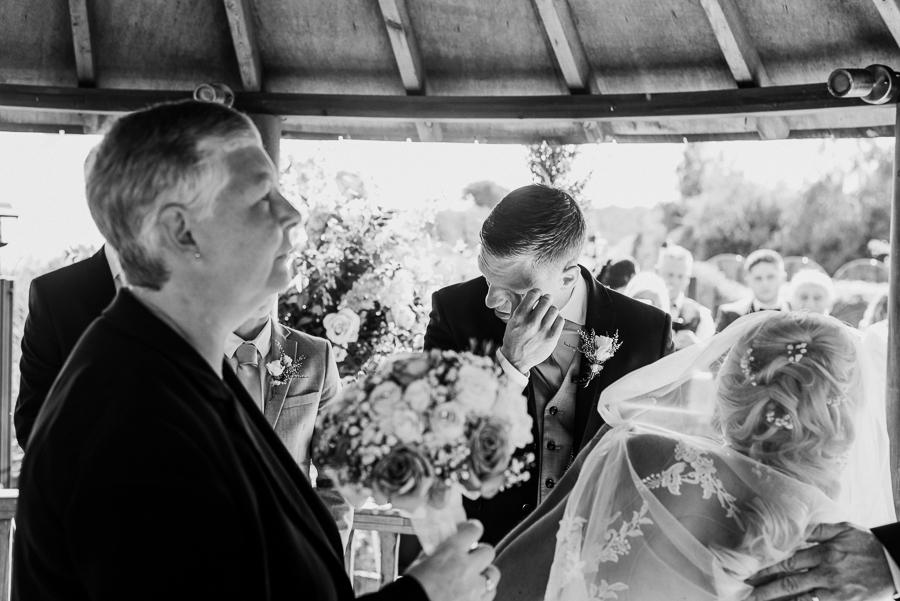 Upchurch apple orchard Kent wedding with Charlene Webb on English-Wedding.com (13)