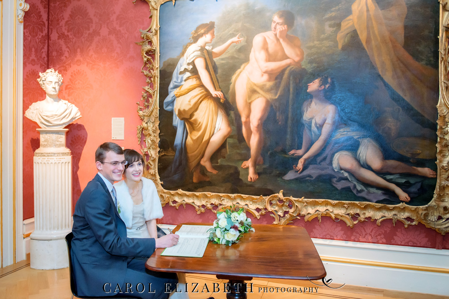 See the Ashmolean museum transformed for a unique wedding celebration with images by Carol Elizabeth Photography (25)