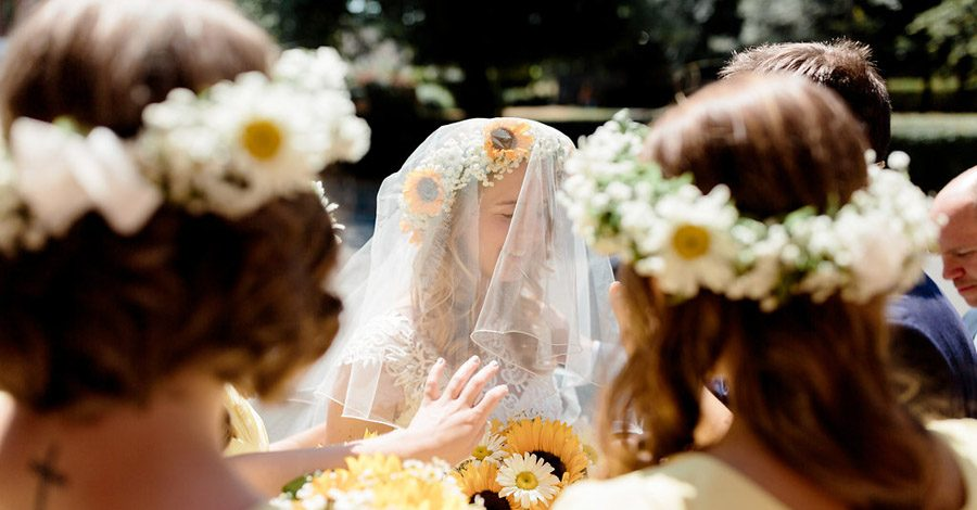Sunflower wedding style inspiration with Hannah K Photography (3)